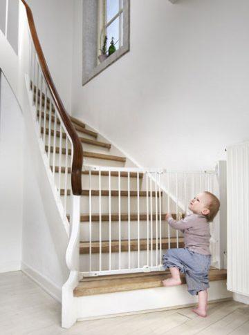 Babydan Flexi Fit fehér fém biztonsági ajtórács 67-105